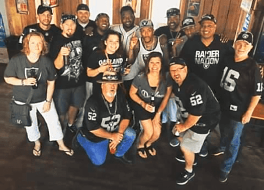 Nfl-raiders-at-coyote-ugly-nashville-1