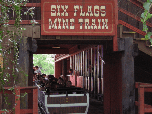 six-flags-mine-mine-train-amusement-park-ride