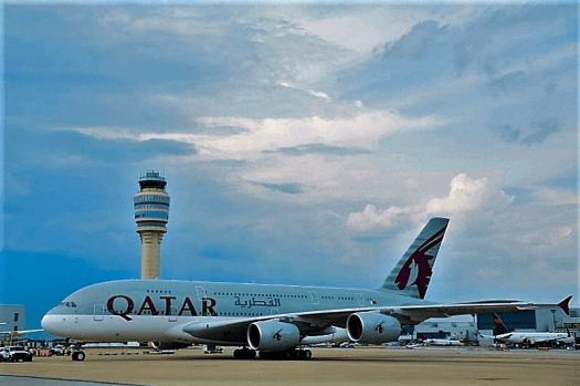 Aviation-qatar-airways-airbus-A380-arrives-Atlanta-Harfield-Airport-1