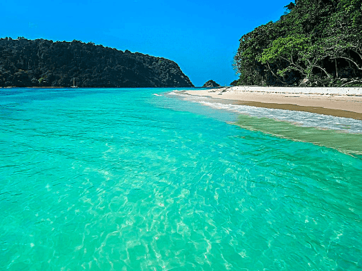 ko-rok-one-of-thailands-cleanest-beaches