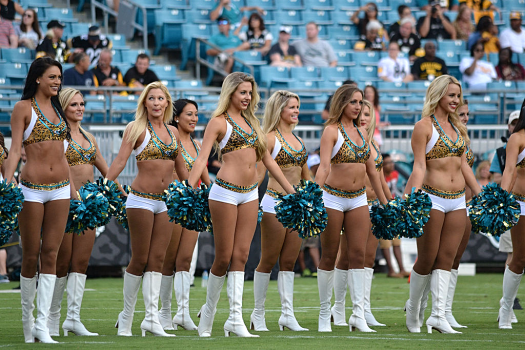 Nfl-Jacksonville-jaguars-Roar-cheerleaders-credit-Palmount45