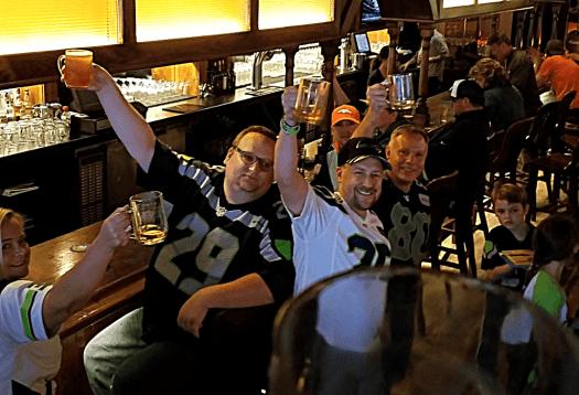 Nfl-seattle-seahawks-denver-rhein-haus-Mug Club Cheers