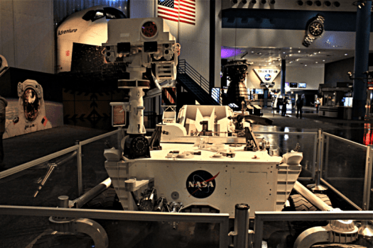 Usa-houston-space-center-nasa-curiosity-rover-credit-yinan-chen