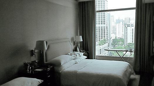 oriental-residences-bangkok-grand-deluxe-room