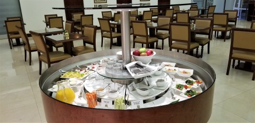 image-of-emirates-airline-hong-kong-airport-business-class-lounge-cold-dishes