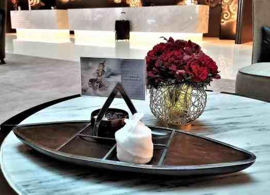 image-of-lancaster-bangkok-hotel-welcome-drink