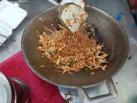 image-of-phad-thai-in-wok