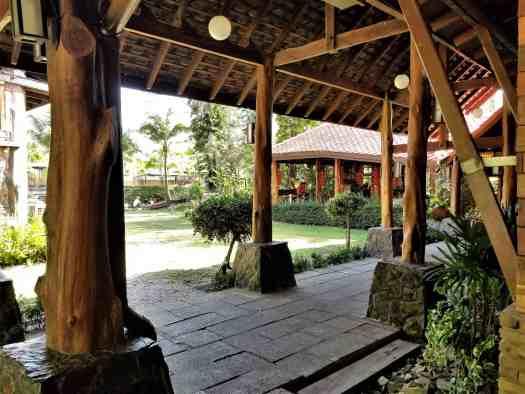 th-phuket-hotel-naiyang-grounds