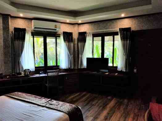 th-phuket-hotel-naiyang-room-37 (1)