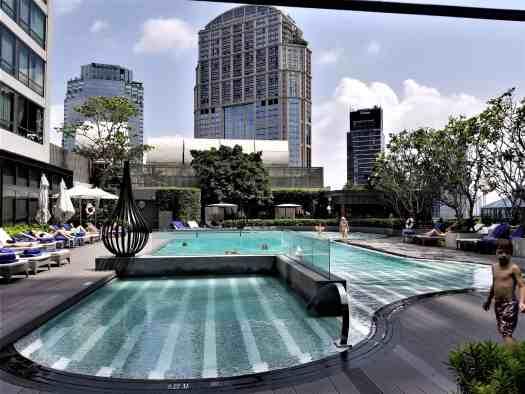 image-of-bangkok-marriott-marquis-queens-park-hotel-swimming-pool