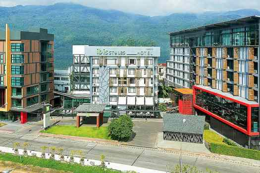 ibis-styles-chiang-mai-hotel-exterior-thailand-hotel