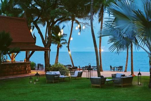 twilight-at-anantara-hua-hin-resort-in-thailand