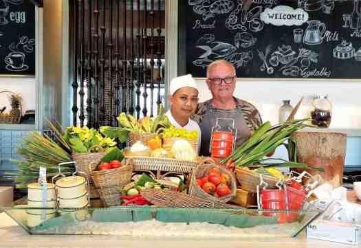 th-phuket-marriott-naiyang-cooking-class (2) (8)