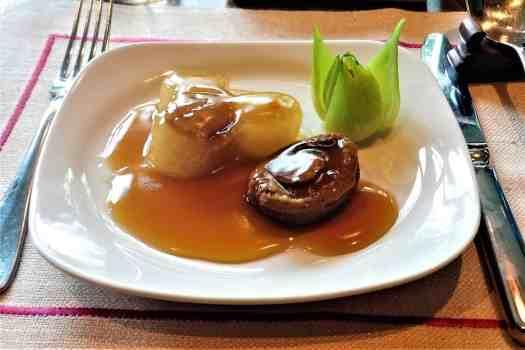 image-of-abalone-at-hong-kong-restaurant