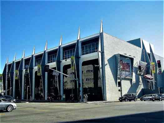 image-of-peterson-automotive-museum-in-los-angeles