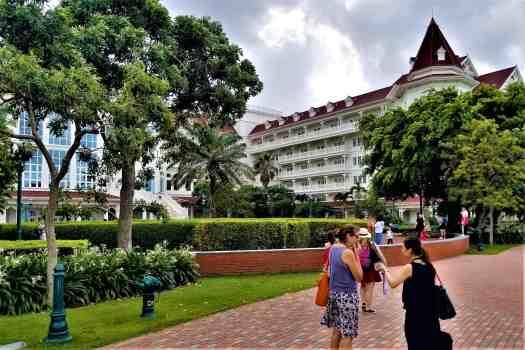 Hong Kong Hotel Review Hong Kong Disneyland Hotel Accidental Travel Writer