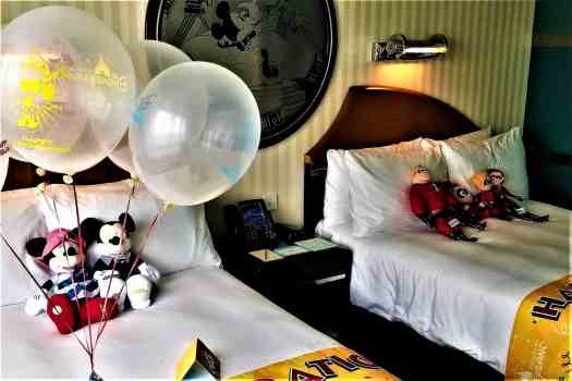 image-of-standard-room-at-disneys-hollywood-hotel