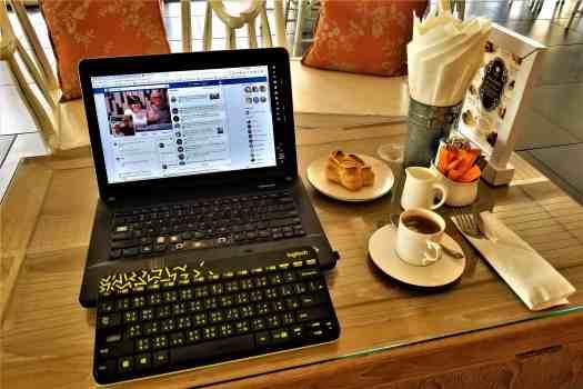 image-of-table-at-ang-ku-tea-house-at-proud-phuket-hotel-thailand