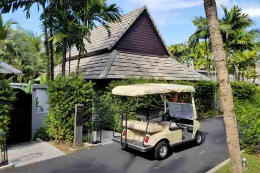 image-of-golf-court-at-marriott-phuket-naiyang-villa