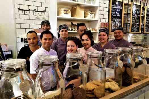 image-of-staff-at-ang-ku-tea-house-at-proud-phuket-hotel-thailand