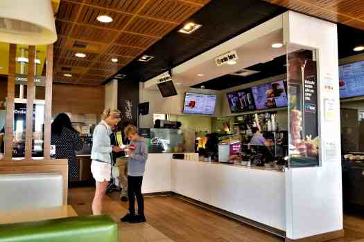 image-of-mcdonalds-counter