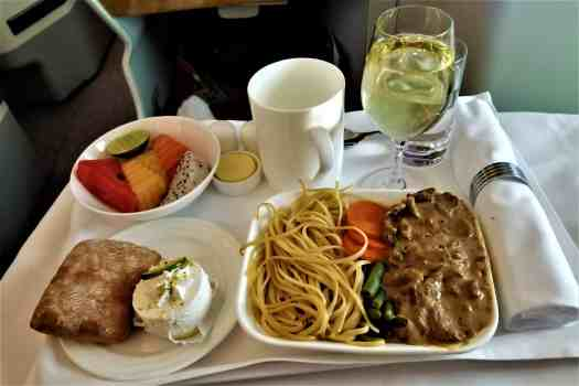 image-of-emirates-airline-business-class-meal