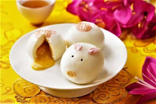 chinese custard buns