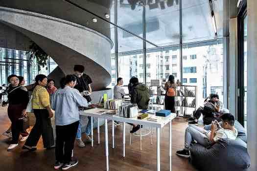 hkg-tai-kwan-artists-book-library-3