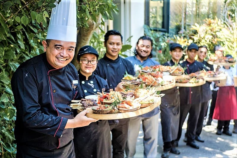 indonesian-chefs-at-bali-ubud-food-festival-