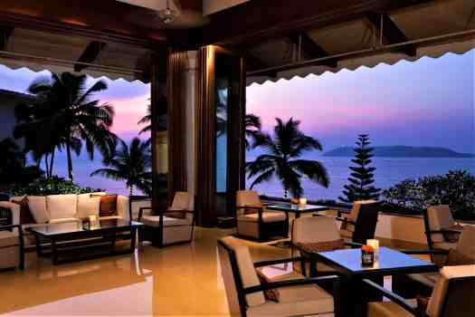 lobby-lounge-at-goa-marriott
