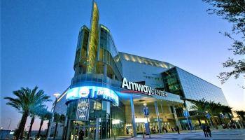 Top 10 Toronto Raptors Sports Bars - Accidental Travel Writer