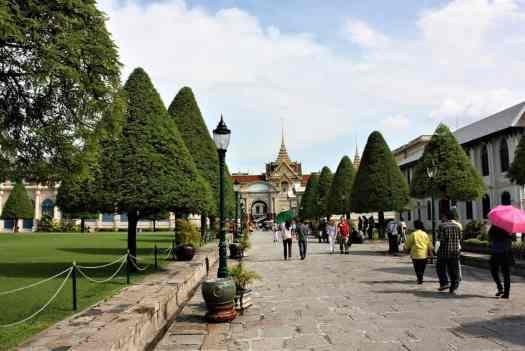grand-palace-in-bangkok-thailand
