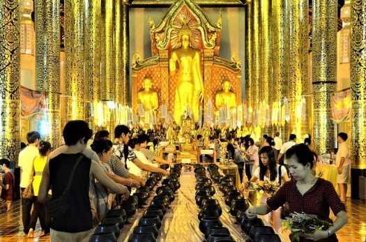 Inthakin-City-Pillar-Festival-Chiang-Mai-Thailand
