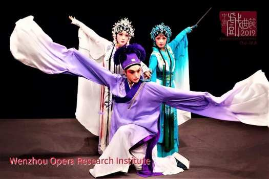 scene-from-chinese-opera-legend-of-the-white-snake