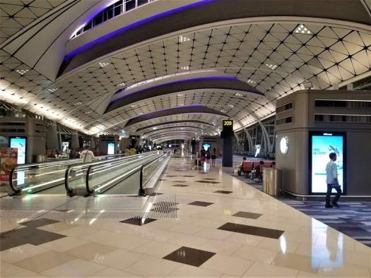 empty-concourse-at-hong-kong-international-airport