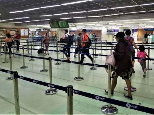 airport-passport-control