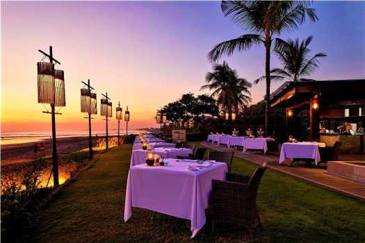 bali-restaurant-breeze-samaya-seminyak-sunset