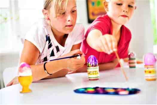 children-decorating-easter-eggs