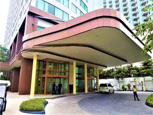 pattaya-hotel-amari-main-entrance