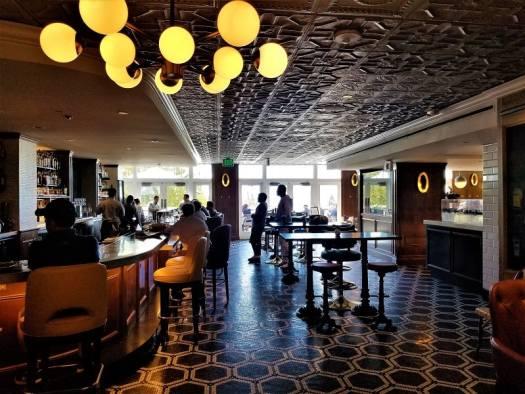 bat-at-limewood-bar-and-restaurant