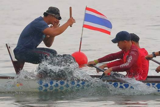 elephant-boat-race-