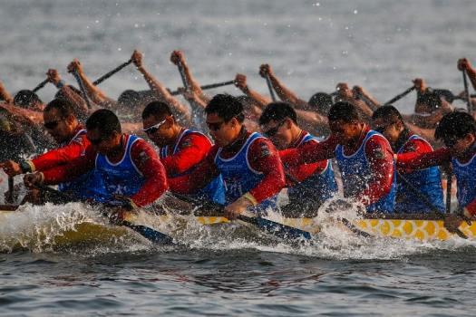 royal-thai-navy-elephant-boat-races