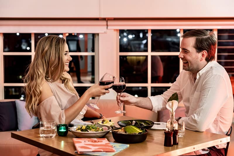 restaurant-in-room promotion-offers-wine-matching