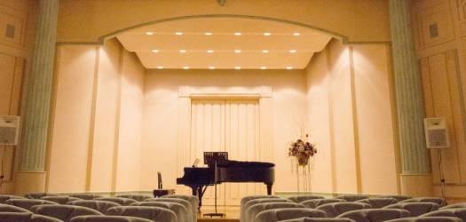 Wyndham-Grand-Awashima-concert-hall