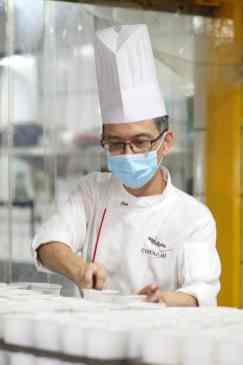 Executive Pastry Chef, Choo Eng Tat, Preparing Chocolate Puddings for TTSH and NCID Nurses