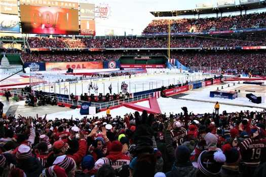 outdoor-professional-ice-hockey-game