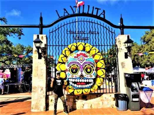 la-villita-entrance-on-san-antonio-day-of-the-dead