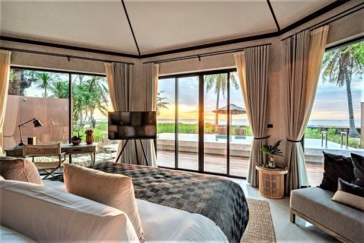 beachfront-villa