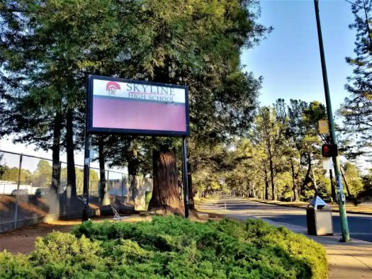 entrance-skyline-high-school-oaklland-california
