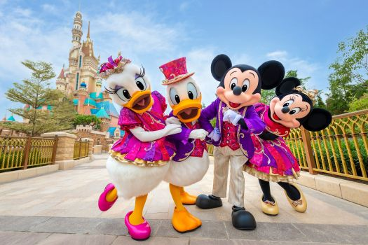 daisy-and-donald-duck-mickey-and-minnie-mouse